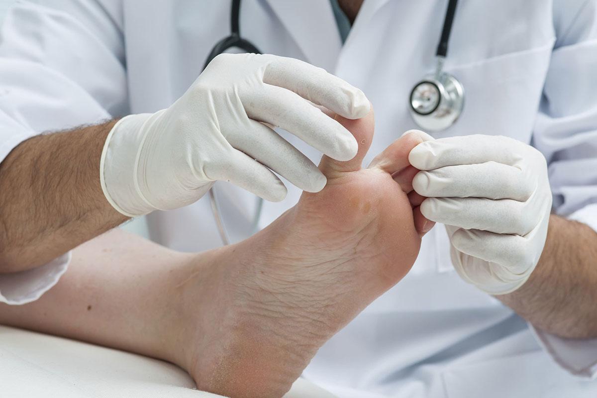 Обучение медицинскому педикюру